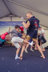 การสาธิตและสอนมวยไทยโดยชมรม Olimpboxe Muay Thai